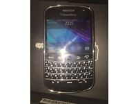 Blackberry Bold 9900 like new