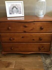 SOLID PINE DRAWERS DRESSER SIDEBOARD