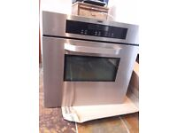 Self cleaning pyrolitic Zanussi single cooker/oven