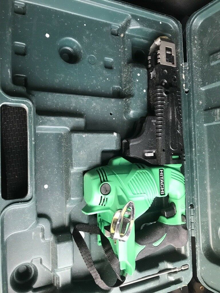 Hitachi impact and collated screwgun