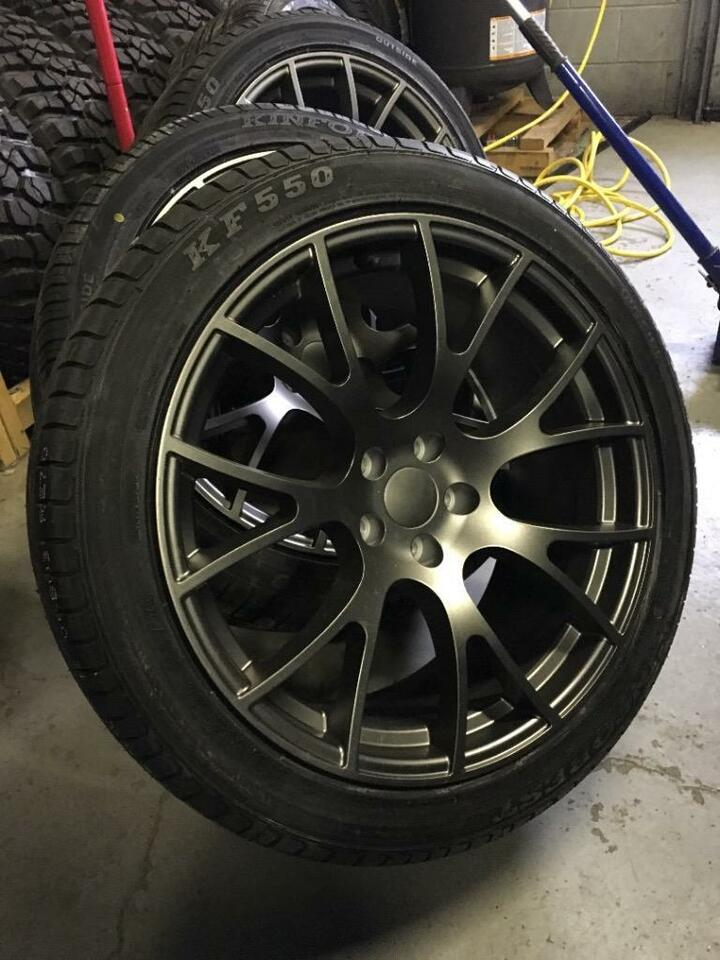 20 inch hellcat reps 275 40 r20 and 315 35 r20 tires. Black Bedroom Furniture Sets. Home Design Ideas