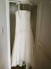 Amanda Wyatt Wedding Dress Size 12/14
