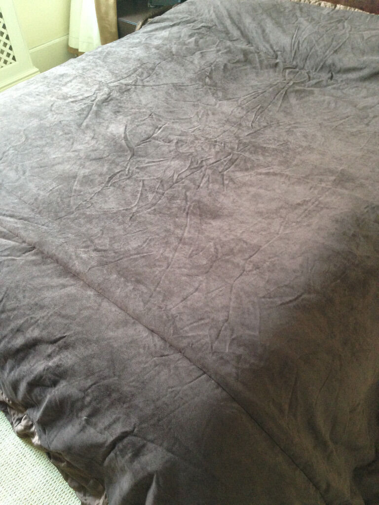John Lewis Chocolate Brown (Super King Size) Suede Effect Throw (unused)