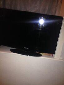 Samsung 32 inch TV Built in Free Veiw