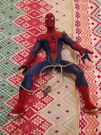 Spiderman / Wolverine Action Figures