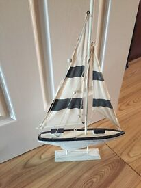 **QUICK SALE** Sailing boat