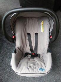 BabyStart carrier / car seat