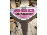 Vibrating excerise machine. Ex hire stock