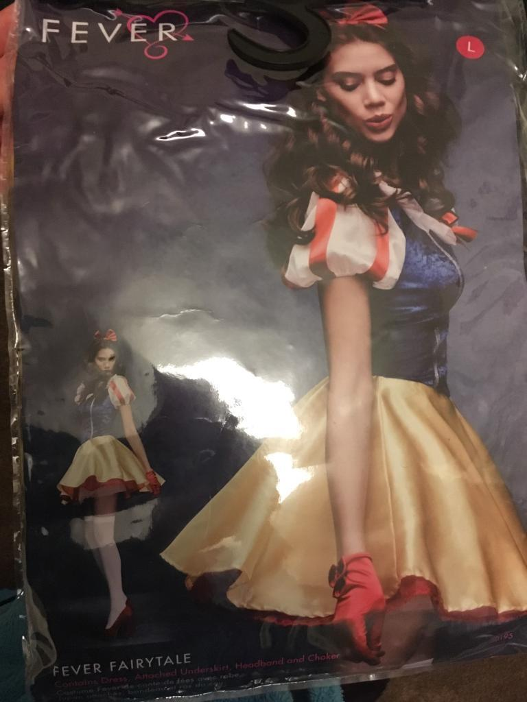 Ladies Snow White costume (new)
