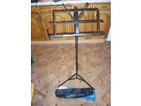 MUSIC OR BOOK STAND LECTERN FOLDING 3 ADJUSTABLE TIER PAGE HOLDER AND STORAGE BAG BRAND NEW