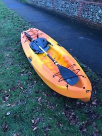 Ocean Kayak plus paddle 9'