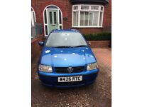 2000 W REG VW BLUE POLO NEEDS SOME TLC BUT A GREAT FIRST CAR OR RUN AROUND