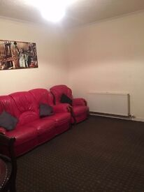 Furnished house in Blair avenue Hurlford garden front and back