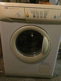 Zanussi Aquacycle 1200 spin washing machine