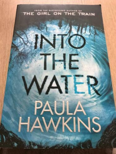 Thriller Into the water - Paula Hawkins - Engelse versie