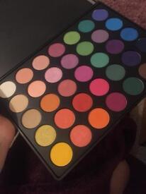 Morphe colourful eyeshadow 35b palette