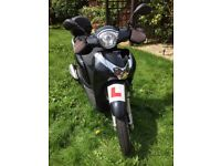 Honda SH MODE 125cc, black, 2015, comes fitted with accessories, £1900 ONO