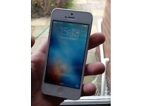 White and Silver iPhone 5, EE, 16gb
