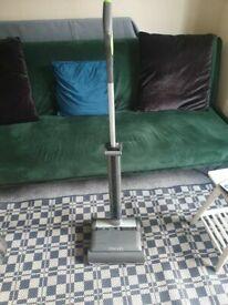 Gtech AirRam Cordless Vacuum Cleaner fair condition work fine but a little noise
