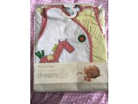 MAMAS AND PAPAS baby dream pod sleeping bag 2.5 tog for sensitive skin