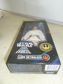 "Unopened RARE 1996 HASBRO KENNER STAR WARS COLLECTOR SERIES LUKE SKYWALKER 12"" FIGURE BOXED MISB"