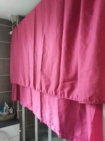 Shower Curtain in Pink with curtain rings
