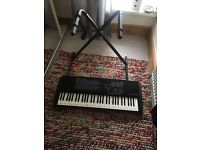 Keyboard / Piano and Stand 'Yamaha'