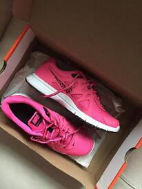 NEW Nike women's pink trainers 5.5