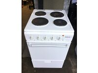 Freestanding electric cooker, 4 rings and oven / grill