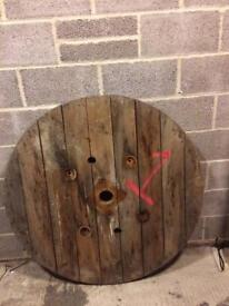 Large round table top, upcycle - shabby chic project