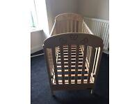 Baby cot £20