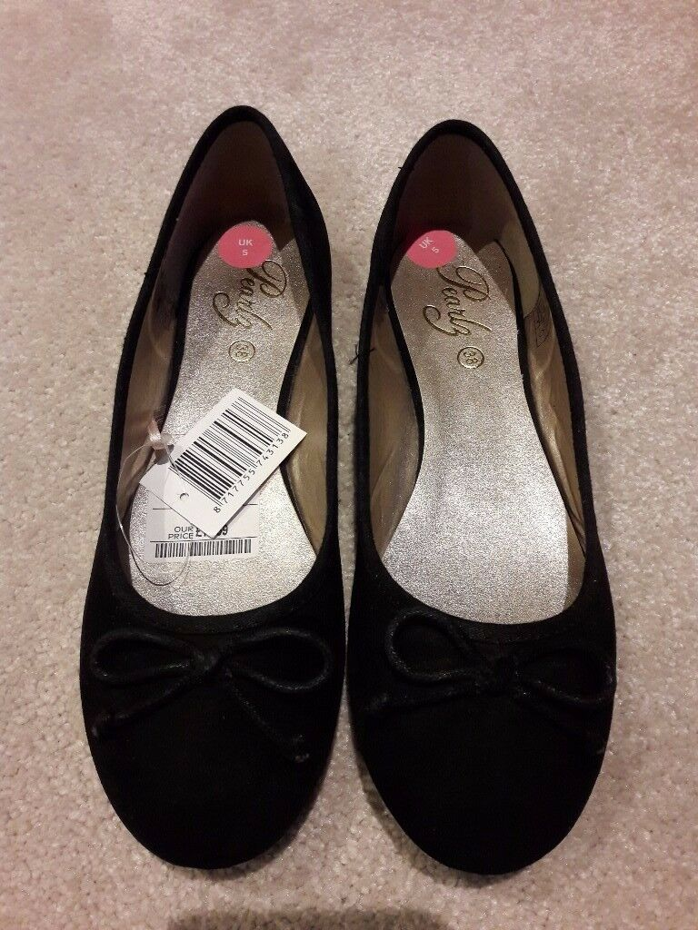 Black Ballet Pumps/Flats - Size 5 - Brand New
