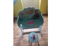 Frozen dressing table and chair