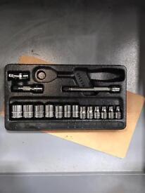Snap-on socket set