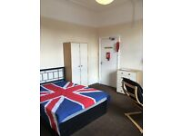 LEEDS ARMLEY FURNISHED BEDSITE £240 pcm no fees charged