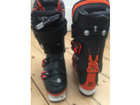 Q98 brand new skis and boots