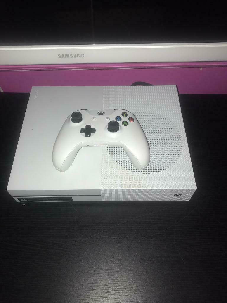 Xbox one s 500gb open to offers | in Small Heath, West Midlands | Gumtree