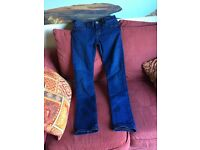 FREESOUL SKINNY JEANS WITH STRETCH - SIZE 10