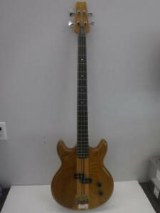 Vantage Bass Guitar - We Buy and Sell Pre-Owned Guitars and Accessories - 116524 - JV414405