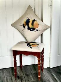 🐝 NEWLY MODERNISED REFURBISHED FOOTSTOOL/STOOL & NEW CHAIR CUSHION IN BEE FABRIC