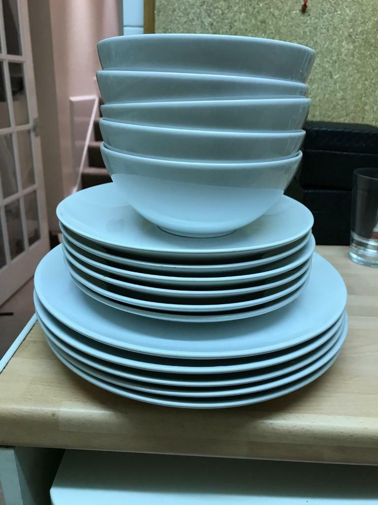 IKEA Crockery Set - 5 large plates, 6 small plates and 5 bowls | in ...