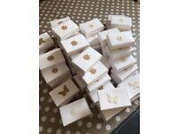 72 white wedding cake boxes for a single slice of cake