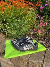 Nike UK size 7 long jump spikes