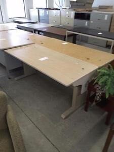 6 foot Height Adjustable Table