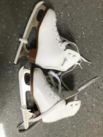 Size 10 ice skating boots
