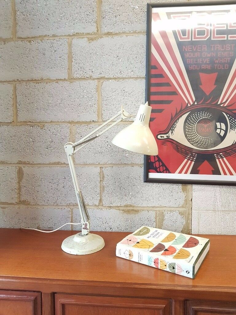 Retro Mid Century Anglepoise by 1001 lamps