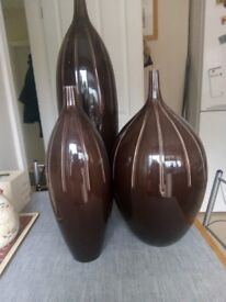 3 brown large vases for sale £10