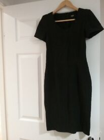 Black knee length oasis size 8 dress