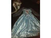 GIRLS AGE 7-8 YEARS DISNEY FROZEN ELSA DRESS WITH WIG EXCELLENT