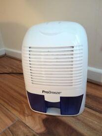 Dehumidifier (ProBreeze)